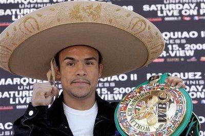 Marquez ne sort jamais sans sa ceinture et son chapeau