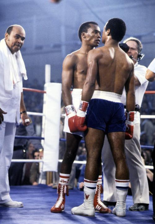 Echange de regard au Caesar Palace - 30 novembre 1979 - Ttre WBC des Welters en jeu - Boxrec