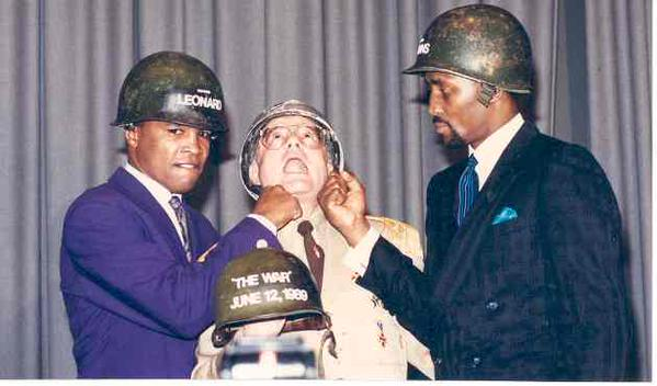 Ray Leonard, Thomas Hearns et Charlie Brotman - 1989 - The Ring