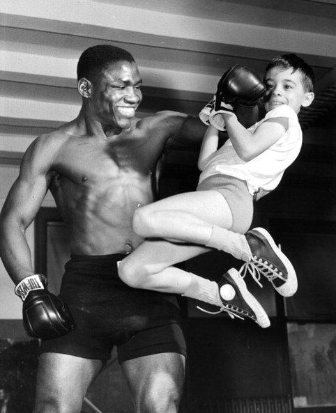 Le champion des poids moyens à l'entraînement.