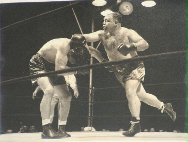 """Two ton"" Galento et Max Baer en 1940"