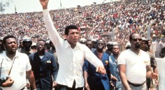 GARDE HAUTE, POING LEVÉ – épisode 4 : Mohamed Ali, la liberté à tout prix