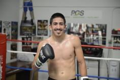 Leo Santa Cruz : pas de quoi se friser la moustache !