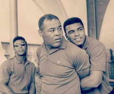 CHIC PIC #54 : Joe Louis & Cassius Clay
