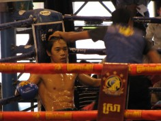 Déclin et renaissance de la boxe khmer