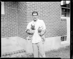 CHIC PIC #33 : Rocky Marciano et ses toutous