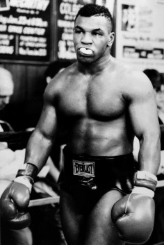 CHIP PIC #3 : Mike Tyson
